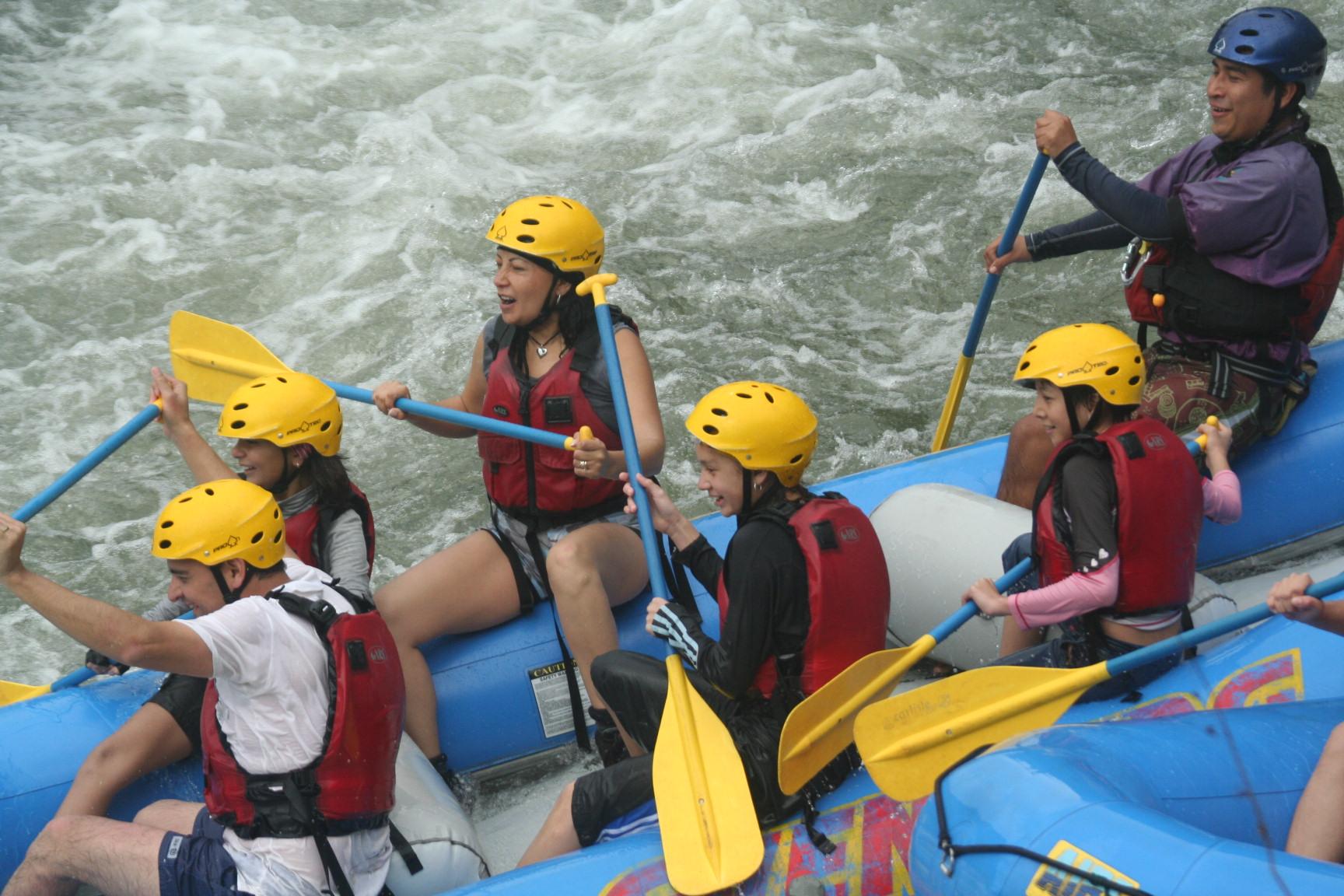 Rafting Descenso En Los Rápidos Del Río Pescados Jalcomulco Veracruz